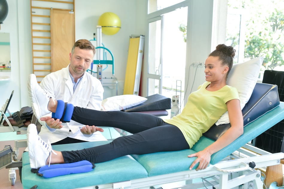 Are you a physiotherapist who works on your own?